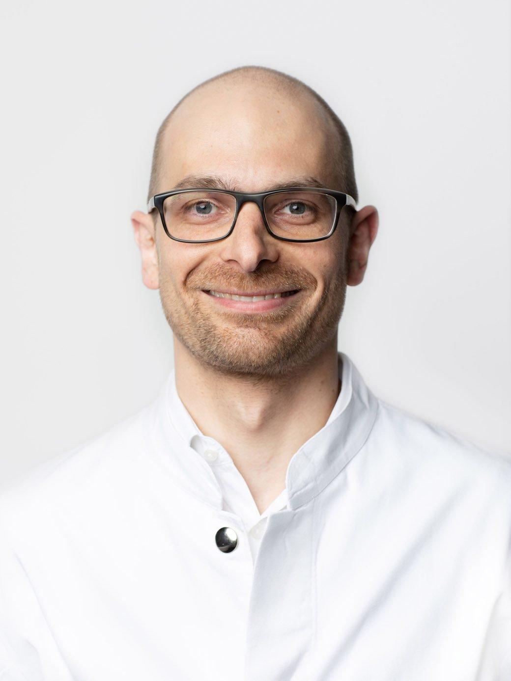 Dr. med. Sebastian Hirth