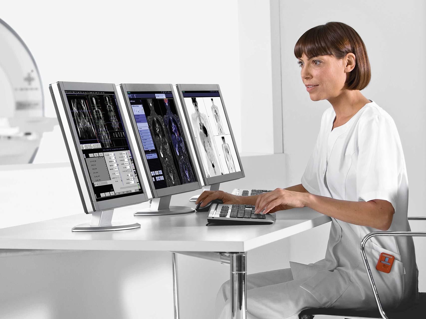 Kernspinzentrum Hamburg-Sued CT-gesteuerte Schmerztherapie PRT